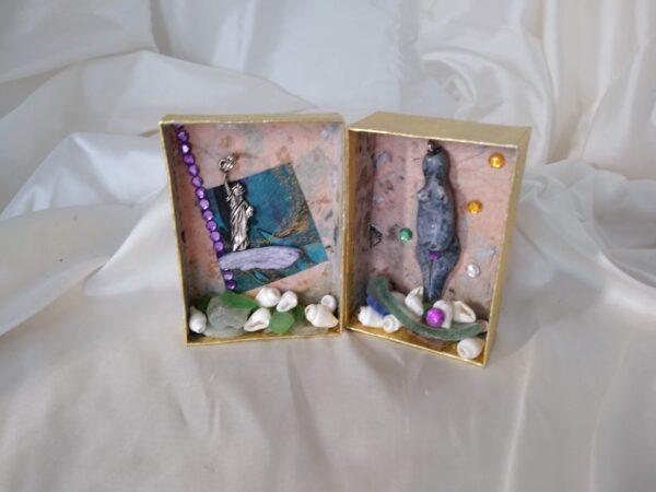 """""""Women of Substance"""" Mini-(travel) Altar"""